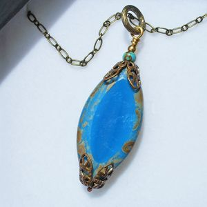 Pendant Lemuria with chain