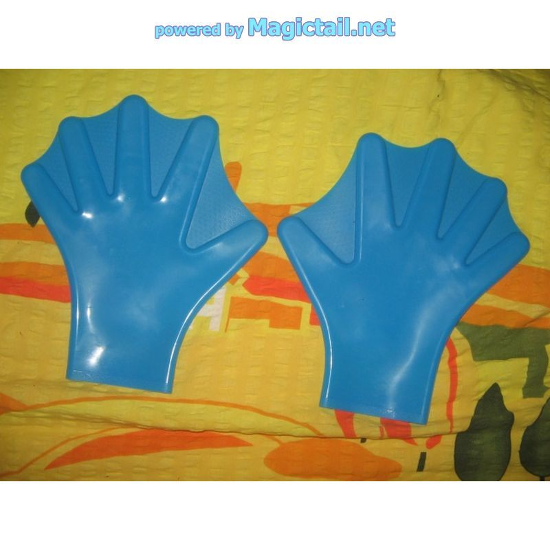 fin gloves are real with a medical backgroundHandflossen mit mediznischen Hintergrund