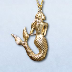 Pendant golden mermaid with chain
