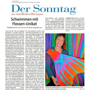 Der Sonntag -  Swimming with unique fins.
